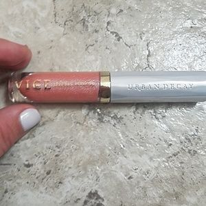 Urban Decay VICE Lip Gloss in FEVER